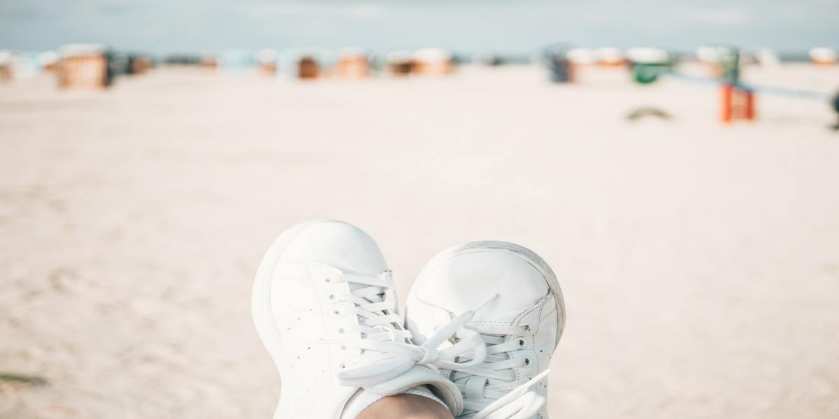 How to keep white sneakers clean